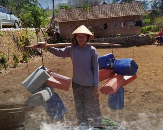 memanen air huan